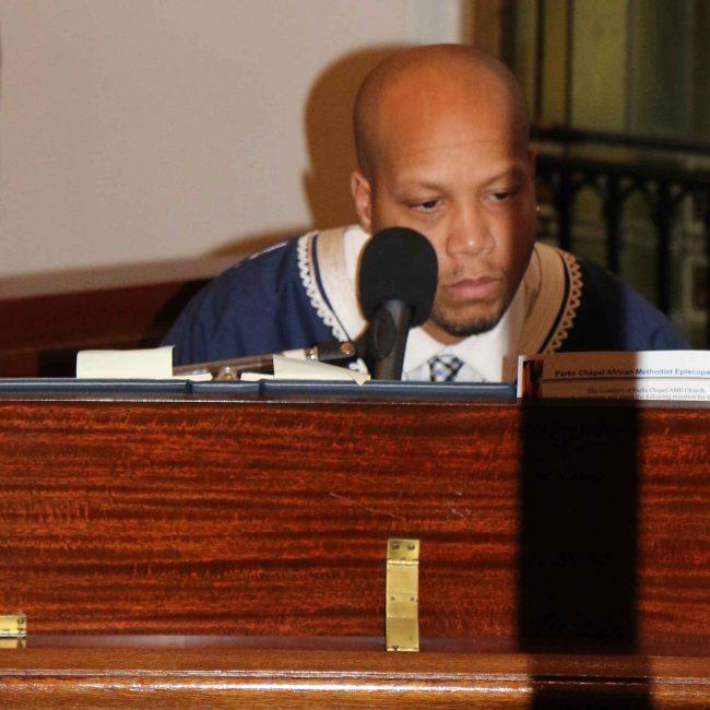 musician-organ
